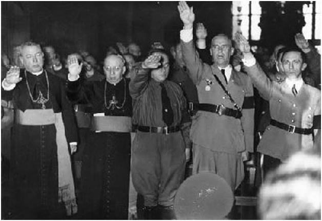 Католическая церковь Германии созналась в пособничестве Гитлеру
