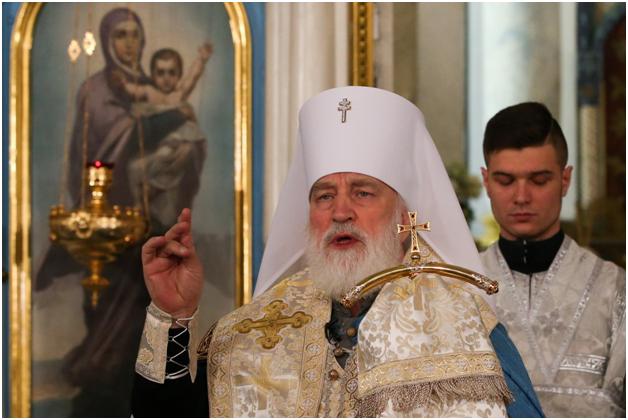 Синод РПЦ изгнал с должности экзарха Белоруссии, поддержавшего мирных протестующих