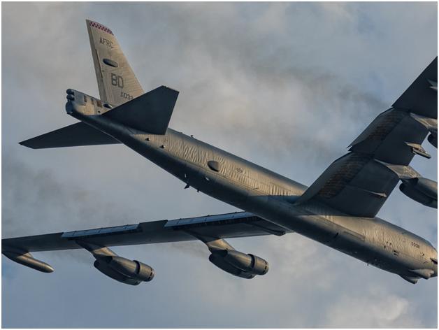 Американский генерал - в ужасе от жёсткого перехвата русскими стратегического бомбардировщика США у Калининграда