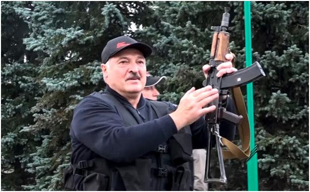 Лукашенко продолжает взрывать мосты в проигранной войне