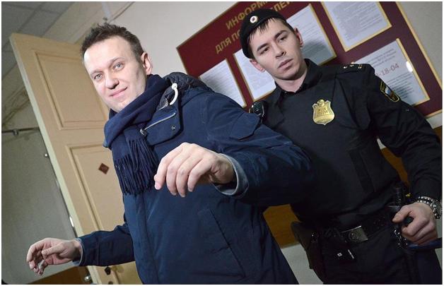 По новому уголовному делу Навального обвинили в хищении 356 млн рублей пожертвований физлиц
