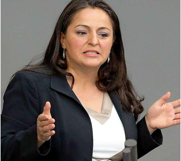 Депутат бундестага: правительство Германии готовится к войне с Россией