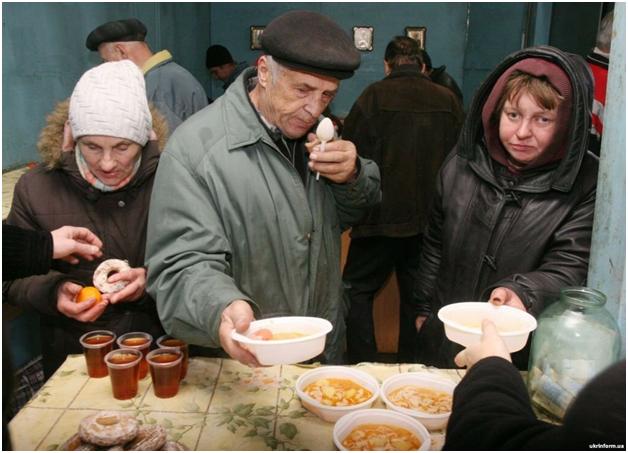 Лидер социалистов призвал правительство РФ повышать реальные доходы населения, а не красивые цифры в отчетах